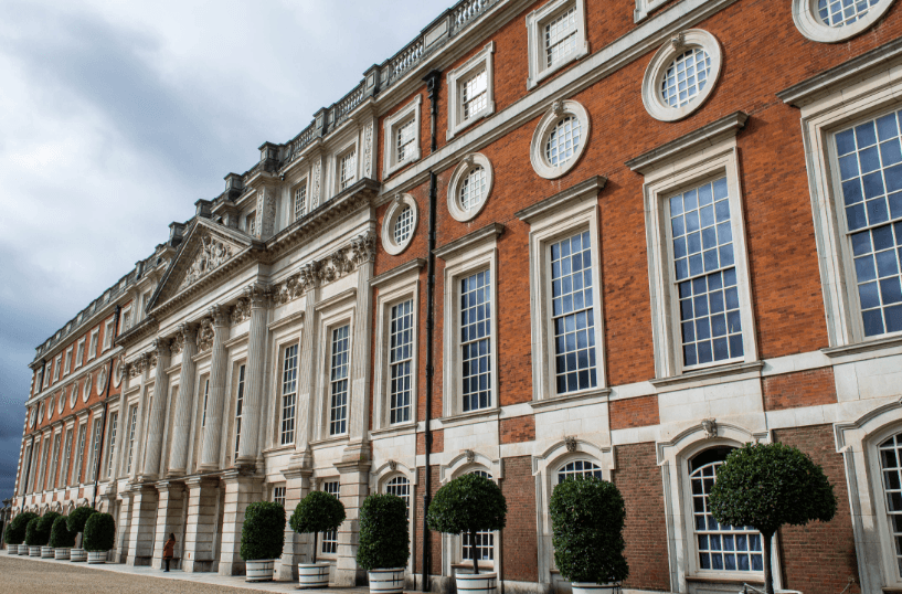 Beautiful picture of the sash windows at Hampton Court