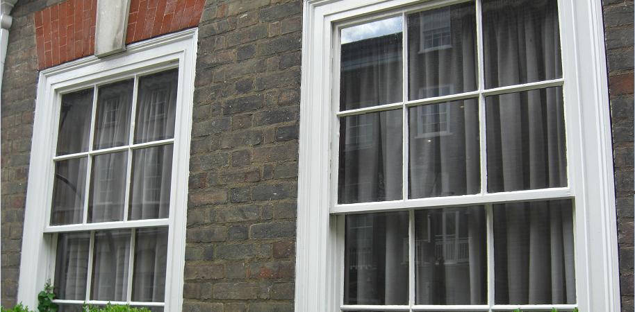 Georgian sash window glazing bars